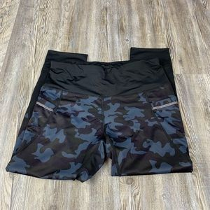 Active Life Blue Black Camouflaged Athletic Tights